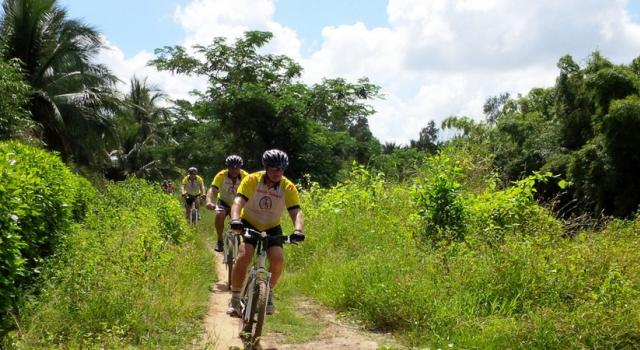 Cycling Cai Be homestay - Ben Tre - Tra Vinh - Can Tho