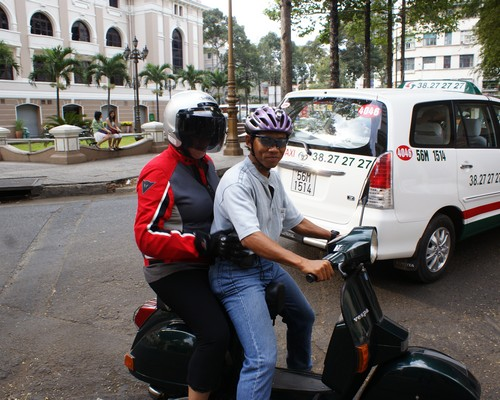 City tour by vespa
