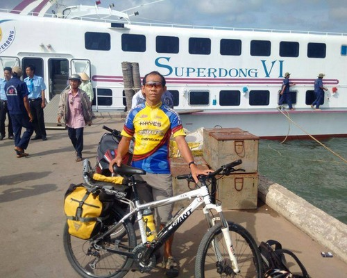 Explore Phu Quoc by bike