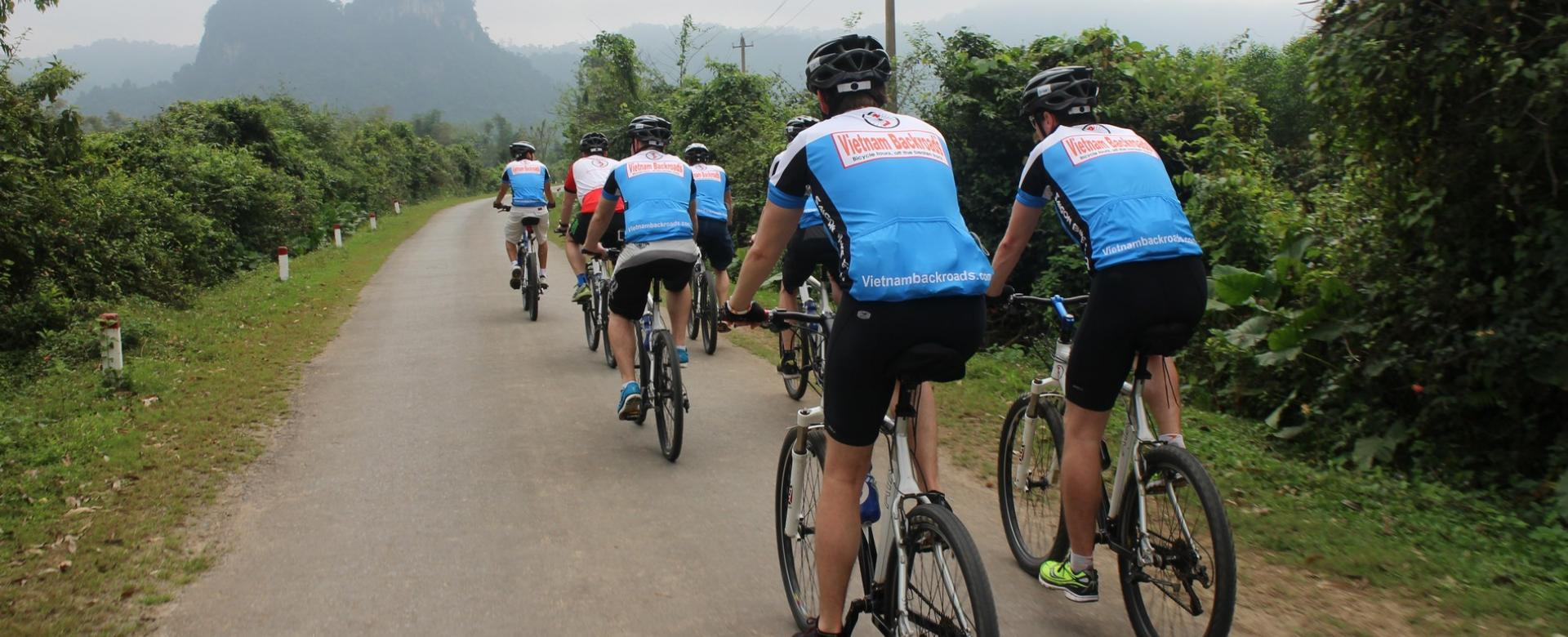 Cycling on Ho Chi Minh Trais - Ke Sanh - A Luoi - Hue - Hoi An